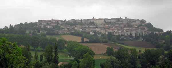 Walking in France: Approaching Lauzerte in light rain