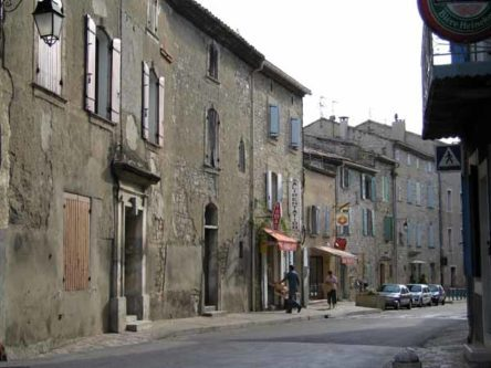 Walking in France: The CBD of Arpaillargues