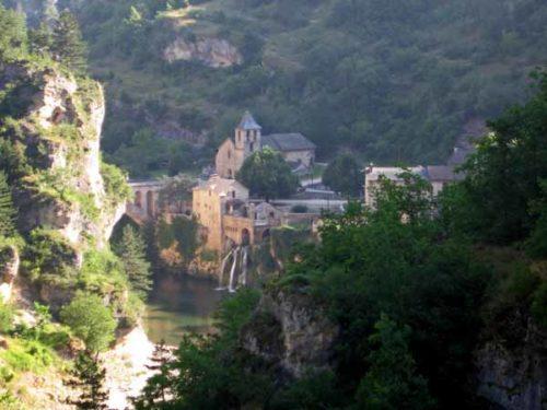 Walking in France: Leaving Saint-Chély-du-Tarn