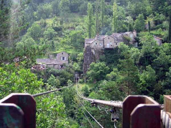 Walking in France: Looking along the flying fox across the Tarn to la Sablière