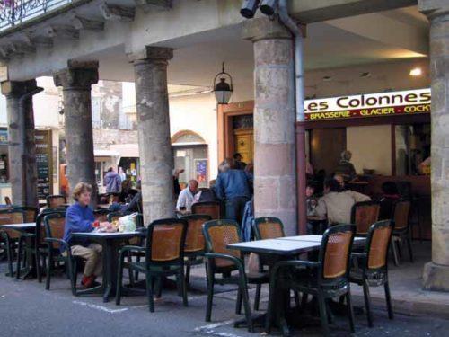 Walking in France: Apéritifs at les Colonnes