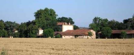 Walking in France: Farmhouse near Marssac-sur-Tarn