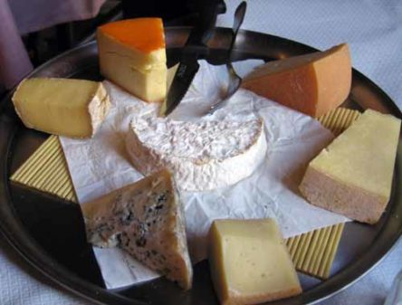 Walking in France: Jenny's cheese plateau