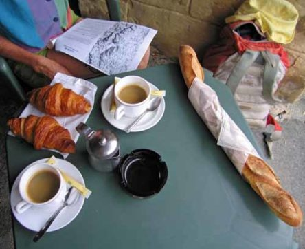 Walking in France: Second breakfast with truly wonderful croissants