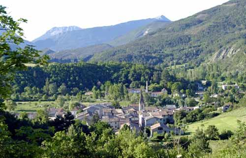Walking in France: Leaving Barrême in Napoléon's footsteps ...