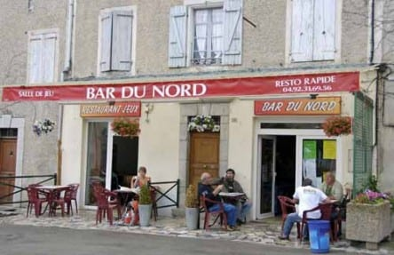 Walking in France: Second breakfast in Ribiers