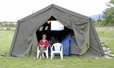 Walking in France: The strangest camping configuration we have ever had