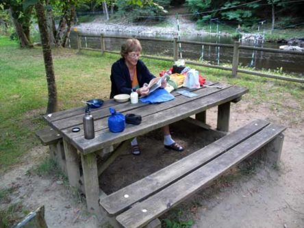 Walking in France: An early breakfast beside the Vézère, Uzerche camping ground