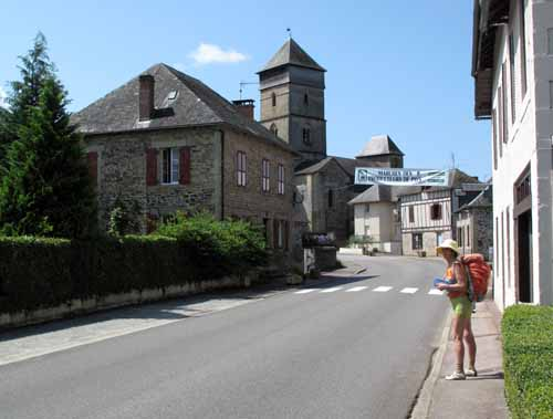 Walking in France: Arriving in Chamboulive