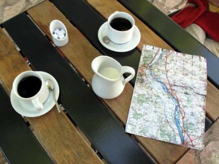 Walking in France: First coffee of the day, Bannay
