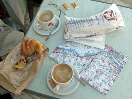 Walking in France: A late second breakfast, Saint-Satur