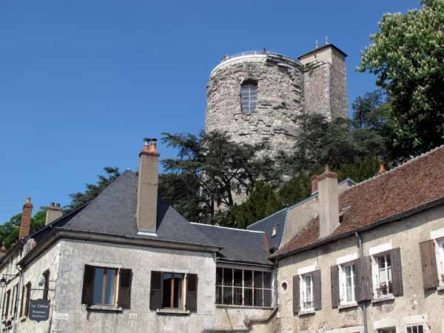 Walking in France: Sole survivor of the six towers of the now-destroyed château