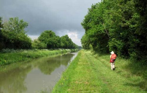 Walking in France: Sunny, but black clouds ahead