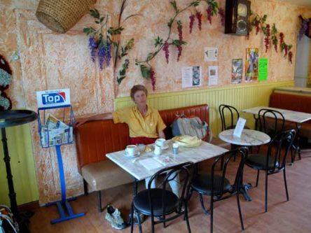Walking in France: Coffee stop in Orval