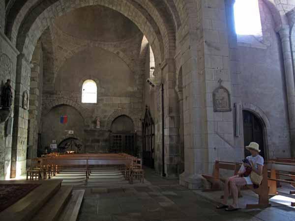 Walking in France: Inside the church in Saint-Leonard-de-Noblat