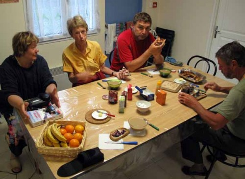 Walking in France: Breakfast in the la Coquille gite with Janine, Peter and Kees