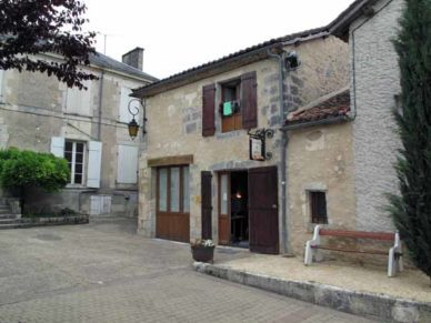 Walking in France: The charming Sorges gîte