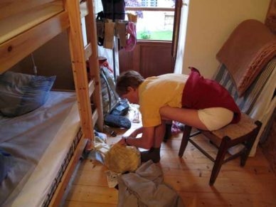 Walking in France: Packing up before breakfast