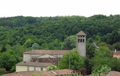 Walking in France: First sight of Villamblard