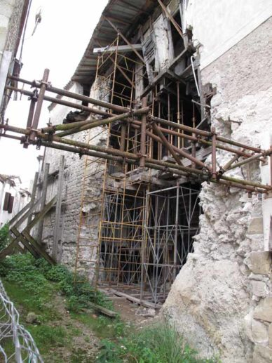 Walking in France: Handyman's special - good location but needs work