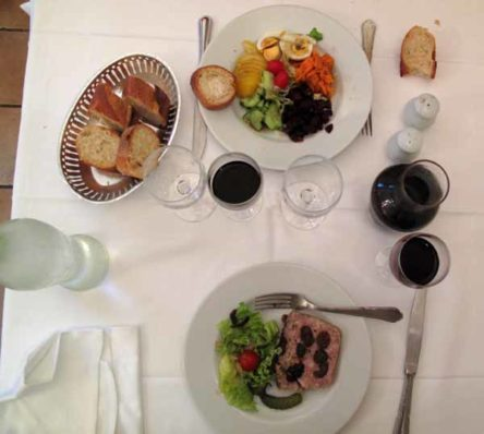 Walking in France: Our entrees