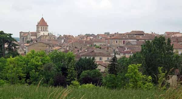 Walking in France: Leaving Mézin