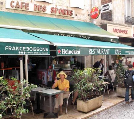 Walking in France: A happy return to the Café des Sports, Condom