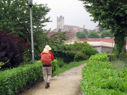 Walking in France: Heading back to the cathedral square for coffee and pastries