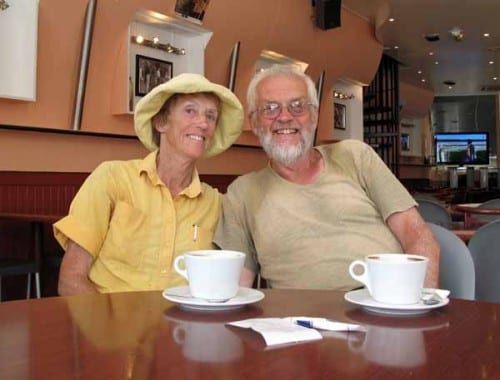 "Walking in France: A happy ""join up"" with our 2004 walk, Café le France, Auch"