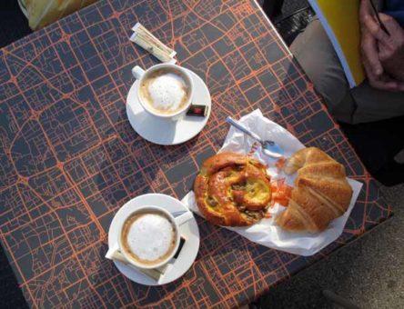 "Walking in France: Second breakfast from the ""laboratoire"""