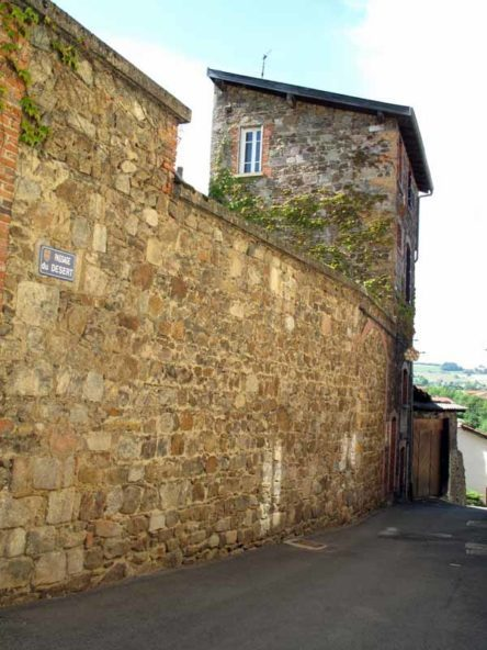 Walking in France: Finally, arriving at the gîte in Saint-Symphorien