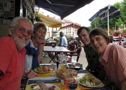 Walking in France: A happy lunch with David and Jeanette