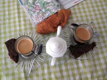Walking in France: Our delightful second breakfast at the Lalibelle