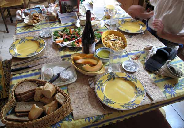 Walking in France: A wonderful afternoon meal in Ivoy-le-Pré with Heidrun