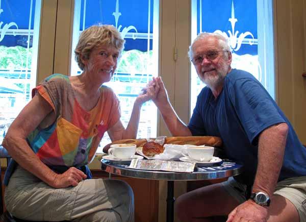 Walking in France: A sentimental return to the Bar de l'Univers