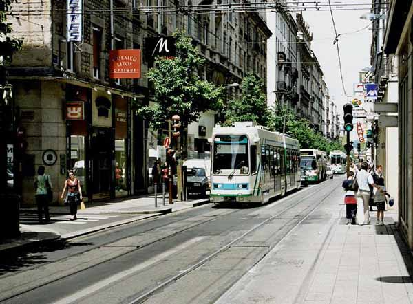 Walking in France: Saint-Étienne tram