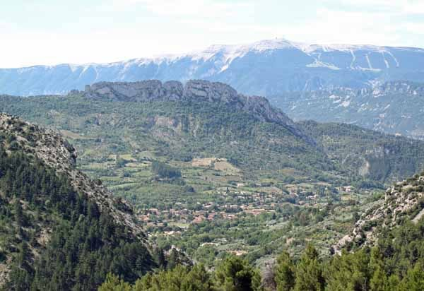 Walking in France: Buis-les-Baronnies, Rocher de Saint-Julien and Mont Ventoux