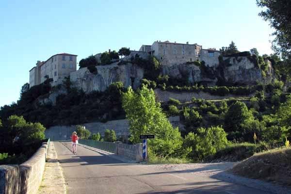 Walking in France: Leaving Sault