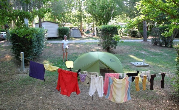 Walking in France: Fully installed at the Vauvert camping ground