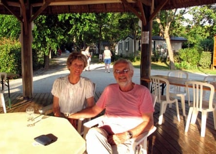 Walking in France: Rosés at the snack bar