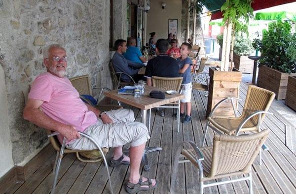 Walking in France: At our ease back at the Bar du Commerce