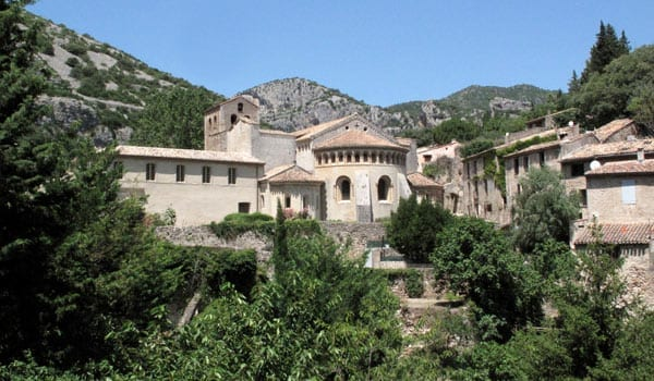 Walking in France: The abbey church of Saint-Guilhem-le-Désert