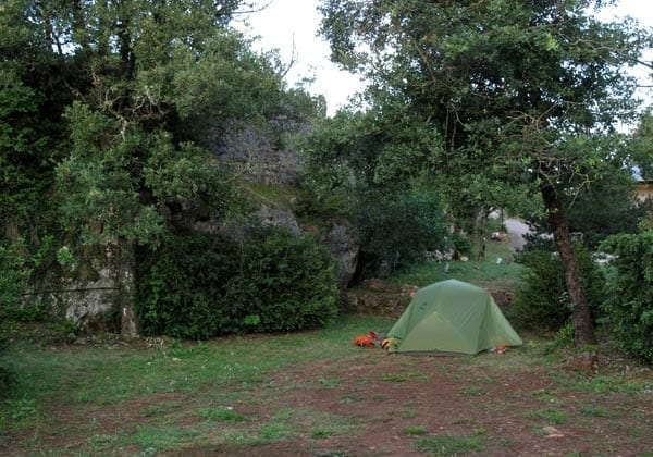 Walking in France: Installed in the le Caylar camping ground