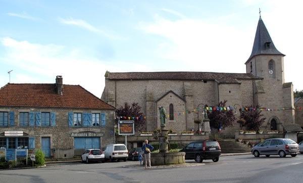 Walking in France: The main square of Royère-de-Vassivière