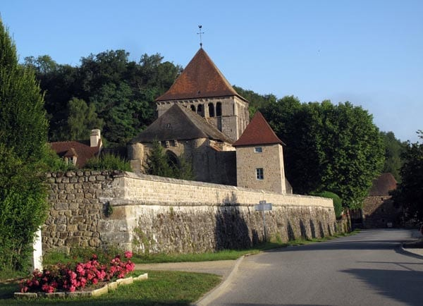 Walking in France: First view of the Benedictine monastery in Moutier-d'Ahun