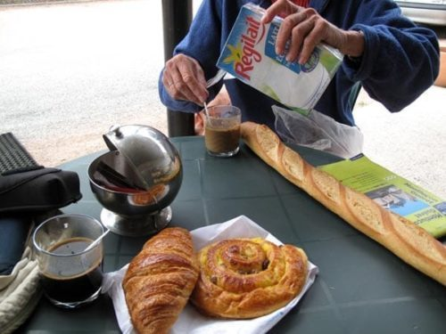 Walking in France: The makings of our much appreciated second breakfast in Budelière
