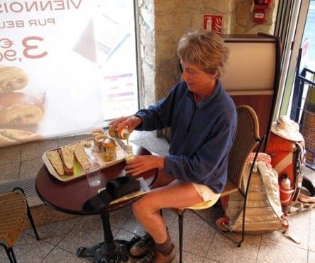 Walking in France: Second breakfast in a Pat'a'Pain bakery