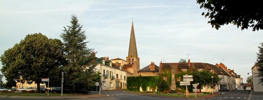 Walking in France: Early morning in Vallon