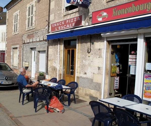 Walking in France: First coffee of the day, in Urçay