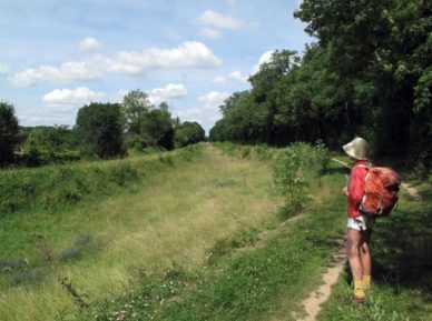Walking in France: Still a dry canal